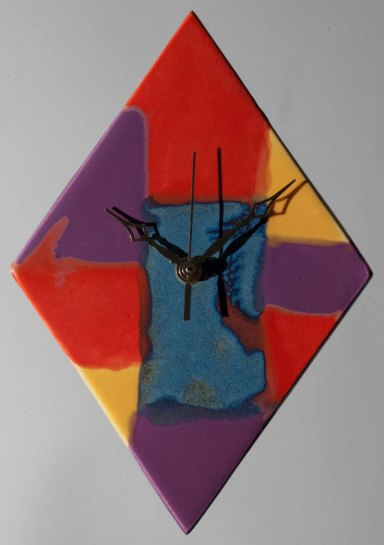 John-Fraser-wall-clock-with-bright-colours